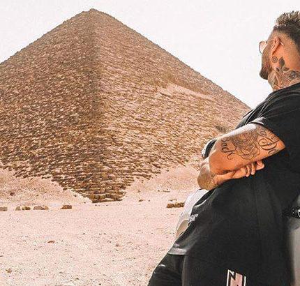 pyramid Egypt tour